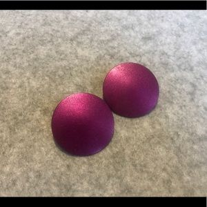 Metallic Thin Fuchsia Circular Stud Earrings